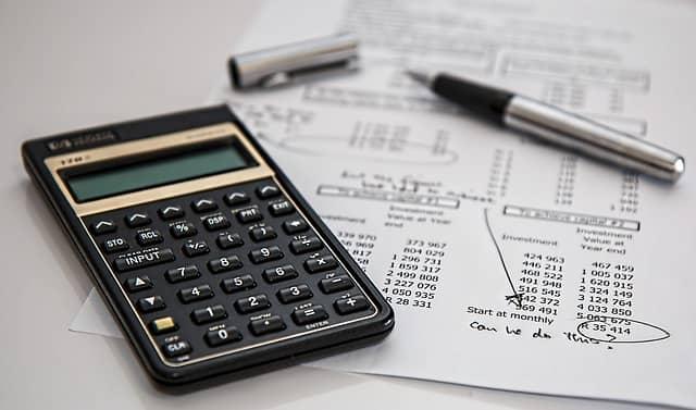 businesses lose money